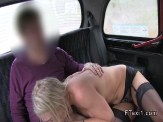Blonde gets shaved cunt banged in cab
