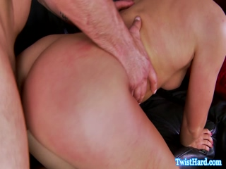 Glamour babe pussypounded before facial