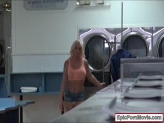 Sexy Leyla Falcon nailed in laundry room