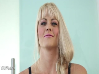 This hooker loves being throated and humilated 33