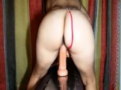 Amateur Mature Milf Nice Ass Fucks Big Dildo