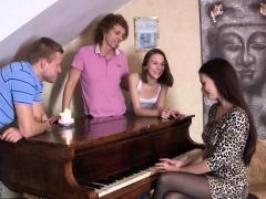 18 Videoz - Alice Marshall - Fucking To Classical Music