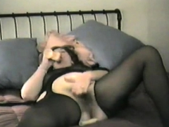Hairy Amateur In Stockings Masturbating