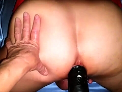Amateur Girl Tries Anal So She Adjust Her Ass