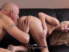 1 Hour Blowjob Horny Ash-blonde Wants To Try Someone