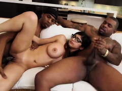 Arab Fingering My Big Black Threesome