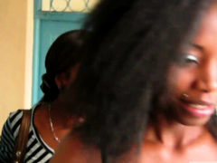 2 Horny African Lesbians Kiss And Lick In Bedroom