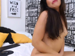 Busty Teen With Perfect Body Gets Off And Masturbate On Cam