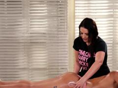 Rimmed Massage Babe Tribbing Curvy Dyke