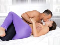 Sensational Chinese Female Giving Erotic Lick